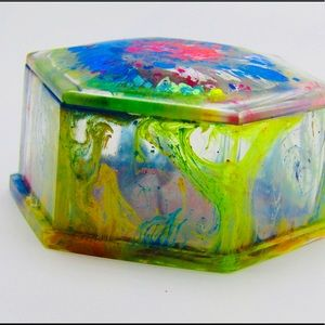 Color burst hexagonal resin jewelry box with lid